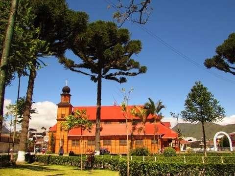 Fiestas Patrias 2015 en Oxapampa y Pozuzo
