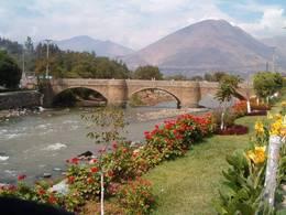 Medium_puente_kalicanto-huanuco