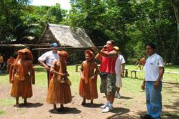 Medium_nativos_yagua_iquitos_tours