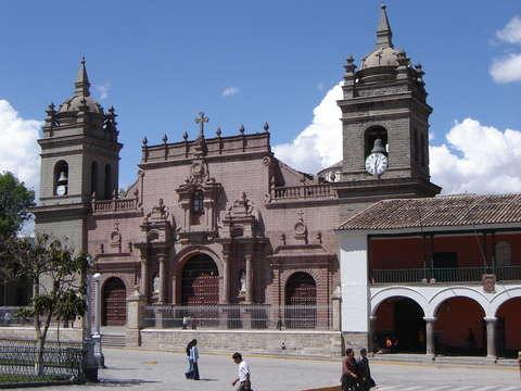Ayacucho - Semana Santa del 01 Al 05 de Abril